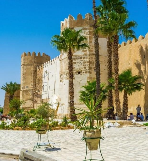 Ramla Voyages Agence de Voyages  Douz Tunisie Travel Agency Douz Tunisia Circuit Famille Dromadaires Chameaux Sahara Douz Circuits 4X4 Circuits Quad A dos de cheval Djerba Sousse Sidi Bousaid EL Jem Kairouan Tozeur Matmata Circuit Grand Tunisie